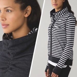 Lululemon In a Clinch Reversible Cowl Neck Pullove